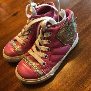 Winged sparkly sneakers!